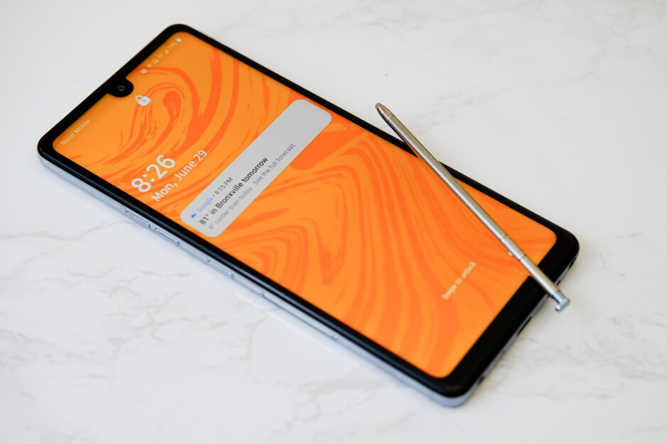 LG Stylo 6 Review 003