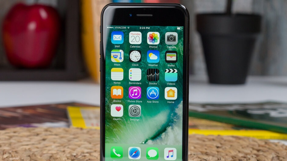 T Mobiles Metro goes retro with an easy iPhone 7 for 50 deal